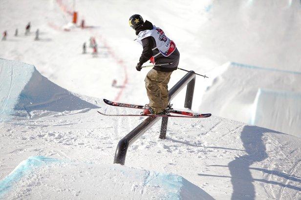 La finale de ski slopestyle du SFR FREESTYLE TOUR à La Clusaz