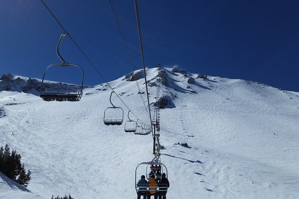 Wide open bowls and technical terrain off Mammoth's awesome Chair 23.