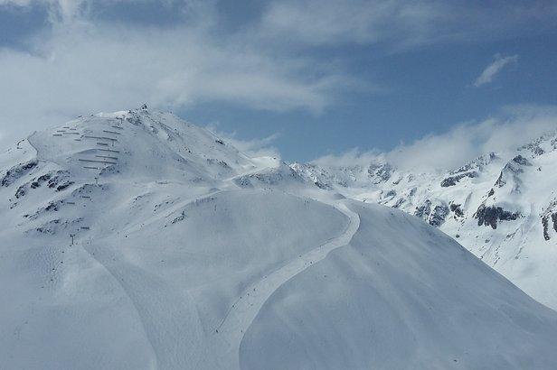 Grubenkopf (2.800m) w Rifflsee - to oferta dla bardziej zaawansowanych narciarzy lubiących sportową jazdę.  - © Skiinfo.pl/Tomasz Wojciechowski