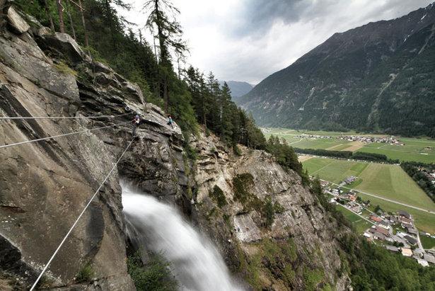 Klettersteig Lehner Wasserfall : Genussklettern im Ötztal: ein kurztrip ins österreichische