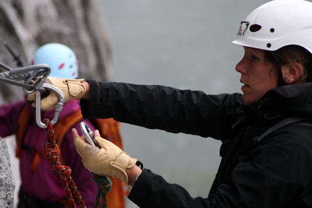 Sicherungstechnik: Wie sichert man sich im Klettersteig?- ©bergleben.de