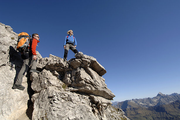 Klettersteig Oberstdorf : Klettersteig stock videos framepool rightsmith footage
