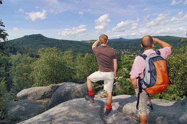Unterwegs auf dem Oberlausitzer Bergweg  - © Naturpark Zittauer Gebirge/Oberlausitz e.V.