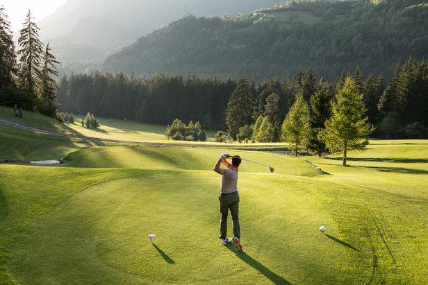 Die besten Reiseziele 2016 für Golfer: Alles im grünen Bereich  ©Graubünden Ferien