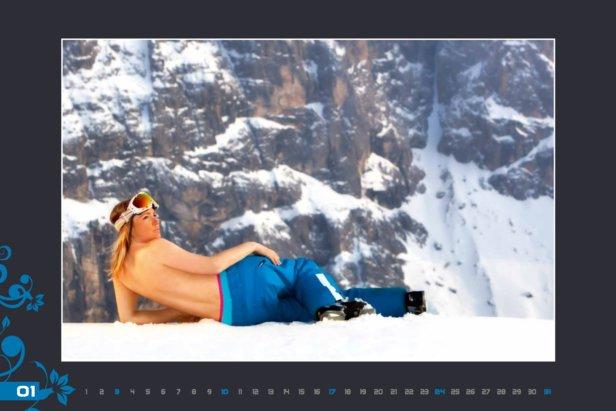 Calendario Maestre di Sci della Val Gardena 2016 - www.scuolasciselva.com - Miss Gennaio  - © Scuola Sci Selva http://www.scuolasciselva.com - Robert Perathoner ski instructor & photographer - www.foto-prodigit.com