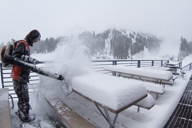 What Makes Snow Fall?- ©Mt. Rose