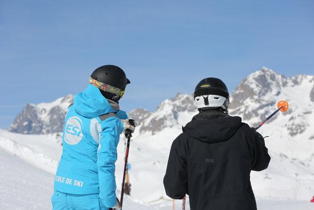 Prévention, sécurité... Cet  hiver les moniteurs et monitrices de l'ESI vous délivreront bien plus que de simples cours de ski...