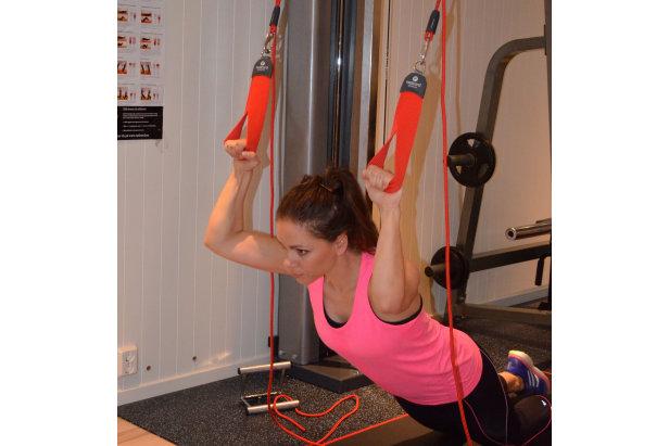 Øvelse 3: Triceps press  - © treningsrom.no