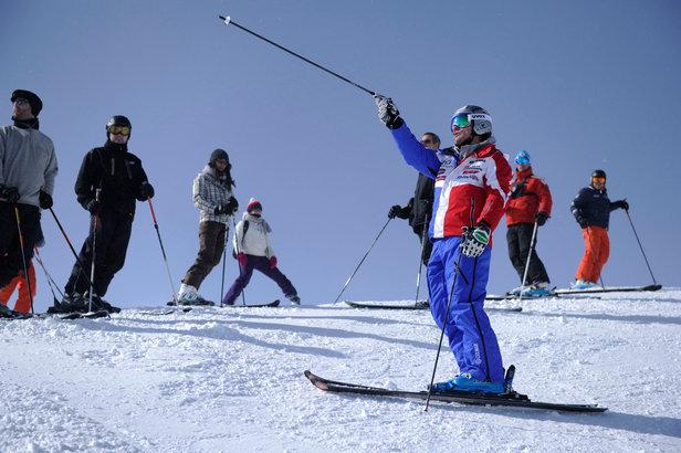 Le temps d'une journée, partagez l'expérience et les conseils d'un champion de ski ou de snowboard...