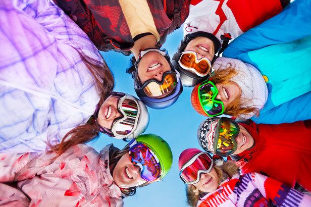 Durant tout l'hiver et plus particulièrement durant les vacances de février, la station des 2 Alpes vous propose un large panel d'activités et d'animations sportives, originales ou bien encore pédagogiques