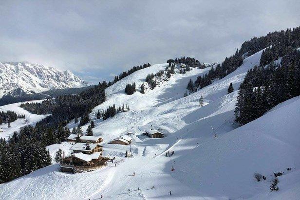 Schneebericht: Viel Schnee in den Südalpen, Warmfront am Wochenende- ©Facebook Hochkönig