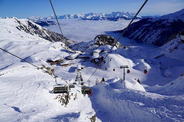 Snehové správy: Veľa snehu v južných Alpách, na Slovensku bude opäť snežiť ©Kitzsteinhorn facebook