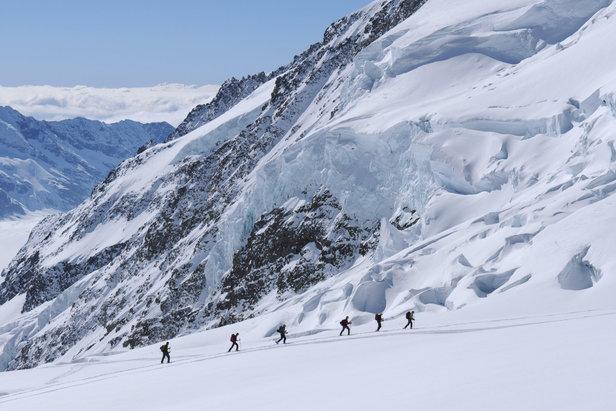 Jungfraujoch - Hollandiahütte - Mittaghorn - Lötschental. Gegenanstieg zum Louwitor.  - © Stefan Herbke