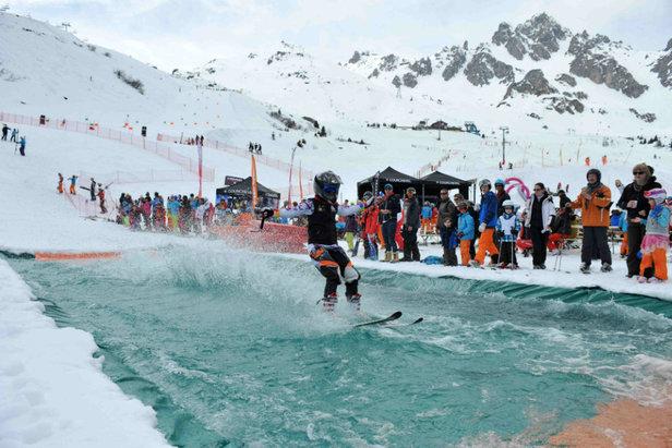Courchevel célèbre le ski de Printemps dans le cadre de la FERIA BLANCHE.