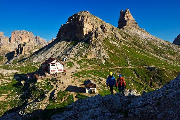 Klettersteig Drei Zinnen : Klettersteige in den dolomiten: kampf um die drei zinnen