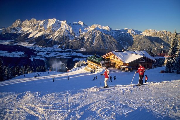 Skiers on the slopes of Schladming