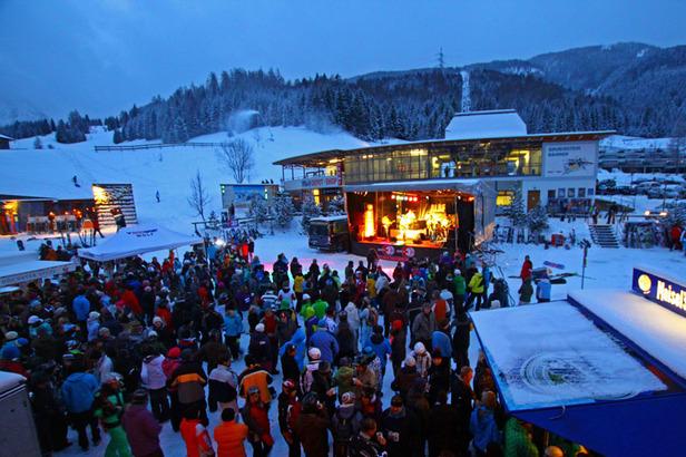 Das Winterfinale in der Tiroler Zugspitz Arena: Frozen Lights