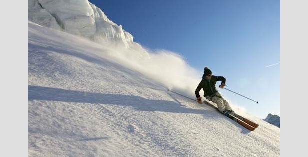 French Resorts Accumulate Up To A Metre Of Snow In 7 Days  - ©Mario Colonel - OT Chamonix