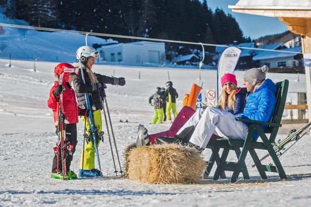 Ein Tag im Schnee am Tirolina Lift in Hinterthiersee  - © Tirolina