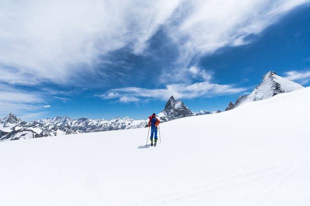 De franske alper viser seg fra sin beste side. Kan Høgruta i Jotunheimen leve opp til navnets forventninger?   - © Bjørn Sørland - Norexplore
