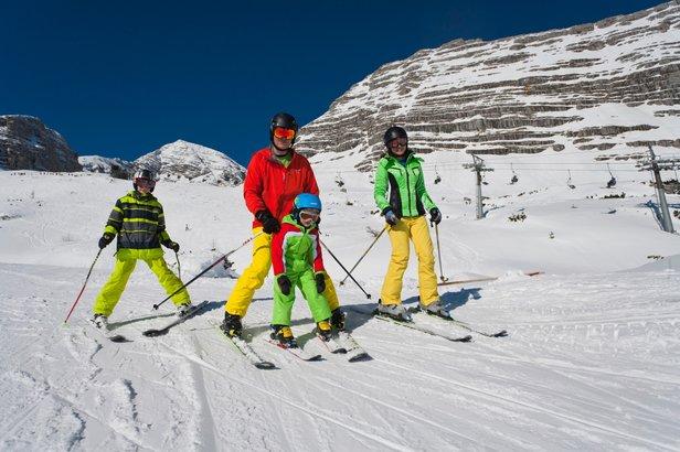 Rodinná lyžařská dovolená za výhodné ceny jen kousek za hranicemi! ©TVB Pyhrn-Priel Himsl