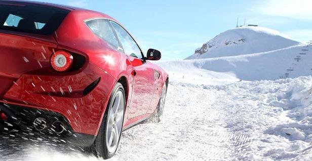 Nuovo modello della Ferrari sul Plan de Corones