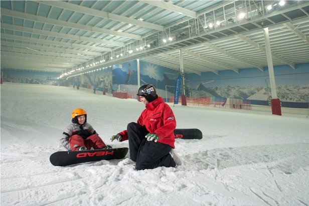 Young boarder getting a private lesson at The Snow Centre, Hemel Hempstead