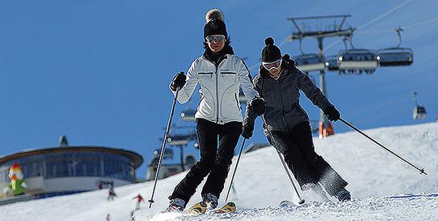 Dolomiti Superski_Skifahrer