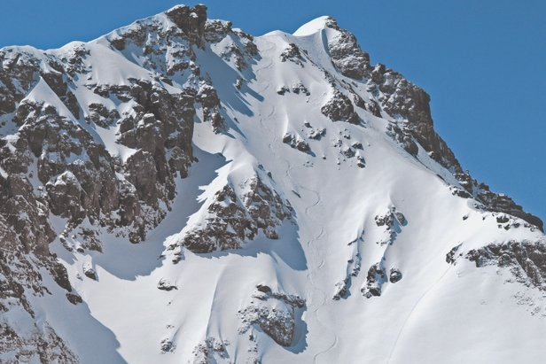 Seniors, the descent from the summit of Palmyra Peak, is steep and north-facing with plenty of powder for nearly 2,500 feet back to the base of Prospect Lift.  - © Telluride Ski Resort