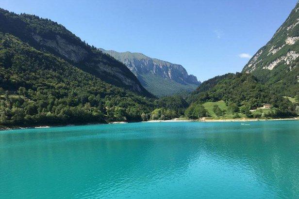 Lago di Tenno  - © facebook | Laura Martinelli