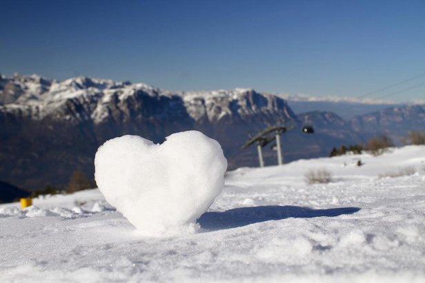 Snehové správy: V Alpách geniálne lyžiarske podmienky! ©Monte Bondone Facebook