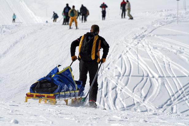 Et si vous profitiez de votre séjour au ski pour découvrir le quotidien des professionnels de la montagne ? Les stations de Superdevoluy / La Joue du Loup vous proposent de rencontrer et d'échanger avec ses pisteurs secouristes, ses dameurs et ses nivoculteurs...