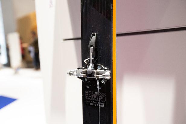 Das neue PIN-SKIN System von Dynafit bekam in Kombination mit dem Blacklight Pro Ski einen Gold-Award  - © Skiinfo
