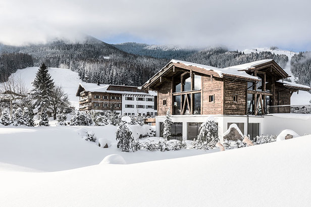 Hotel Puradies v lyžařské oblasti Saalbach Hinterglemm Leogang Fieberbrunn