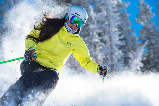 SkiMums: Energizing and Empowering Women in Utah ©Scott Markewitz