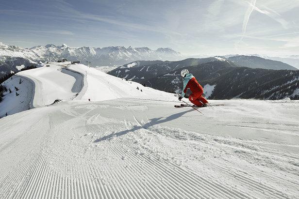 Lyžování v lyžařské oblasti Saalbach Hinterglemm Leogang Fieberbrunn