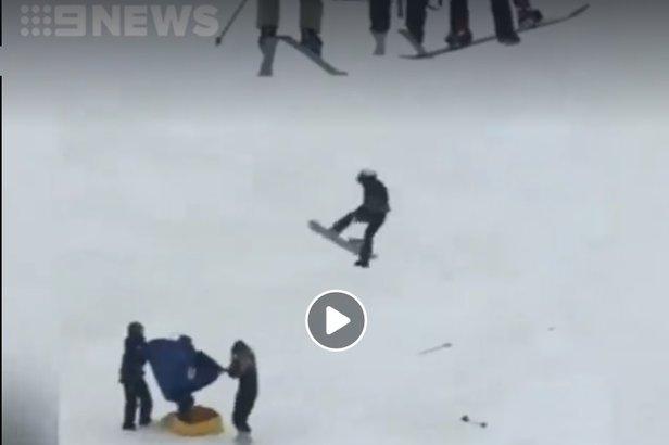Wypadek: Snowboardzistka spadła z wyciągu- ©FB 9 News