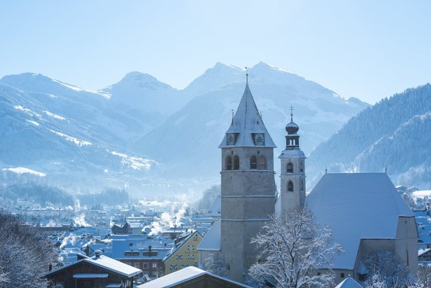Pretty town of Kitzbuehel with dramatic mountain backdrop  - © Kitzbuehel/Facebook