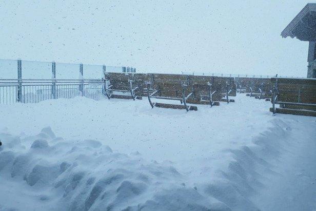 W minionym tygodniu na lodowcu Hintertux spadło już 70 cm śniegu  - © Hintertuxer Gletscher