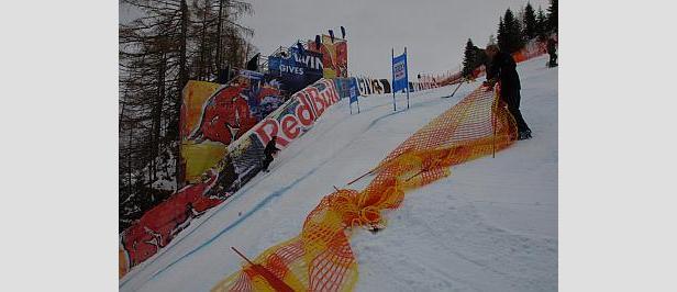 Skirennläufer müssen sich auf der Streif beweisen- ©www.hahnenkamm.com