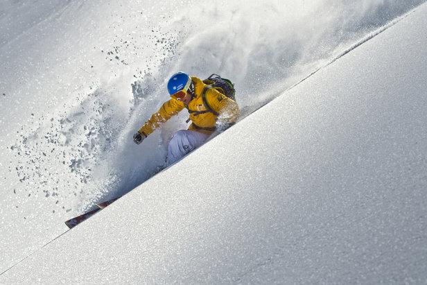 Der richtige Skihelm: Darauf müsst ihr beim Kauf achten- ©www.sicher-im-schnee.de