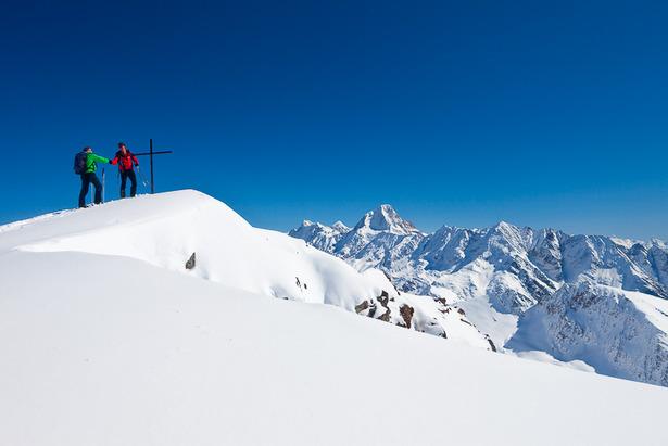 Skitouren - Touren, Technik, Tipps - ©Iris Kürschner/powerpress.ch