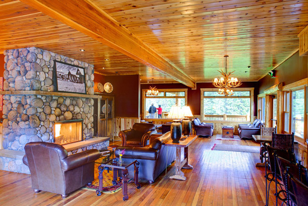 Top Lodging: Rainbow Ranch Lodge, Big Sky- ©Rainbow Ranch