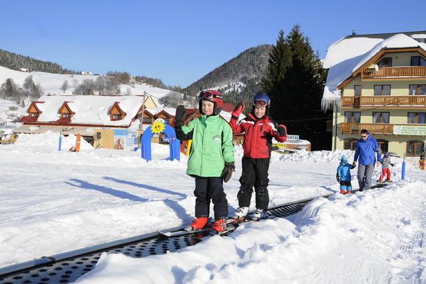 Doprajte svojim najmenším jazdu na lyžiarskom kolotoči- ©Park Snow Donovaly