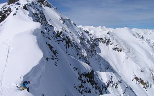 OTS Heli/Cat Guide: Silverton Mountain Heli-skiing- ©Silverton Mountain