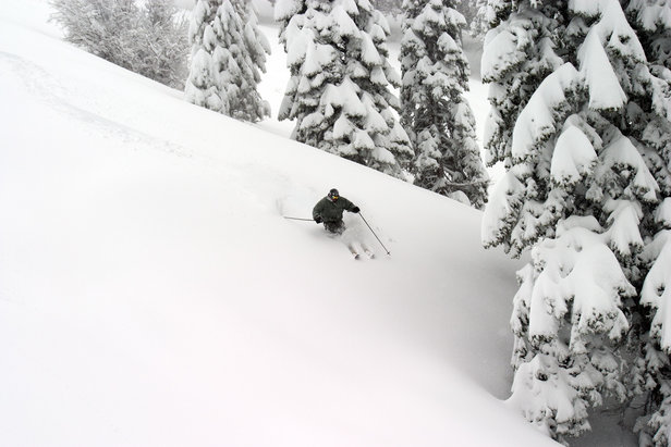 The Bear + Summit Anytime Pass offers unlimited skiing/riding at Bear Mountain and Snow Summit.