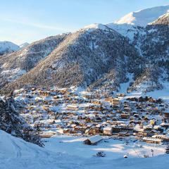 Montgen vre pr sentation de montgen vre la station le domaine skiable - Montgenevre office tourisme ...