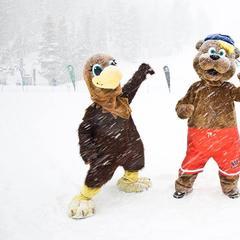 West Coast Ski Resorts Celebrate Great Conditions - ©Mammoth Mountain