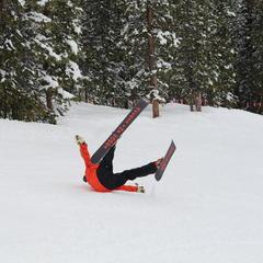 Tele skiing fail - © Dan Kasper
