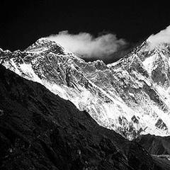 Mount Everest - ©www.everest-2003.com
